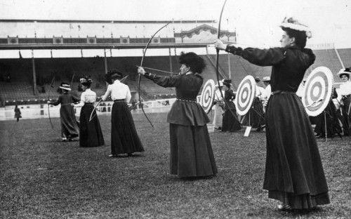 Women's archery at the (1908) London OlympicsHistory, Woman, Vintage Photography, London 1908, Women Archery, 1908 London, London Olympics, London1908, 1908 Olympics