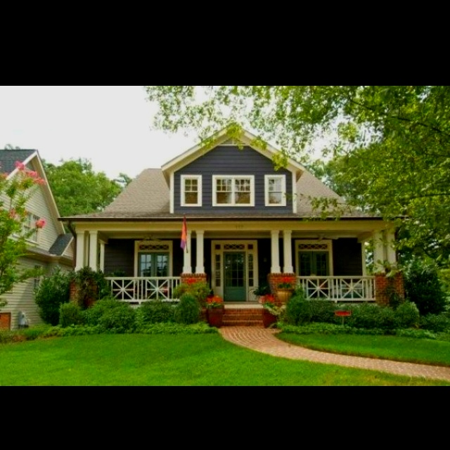 Bungalows For Sale In Virginia: Craftsman With Double Columns