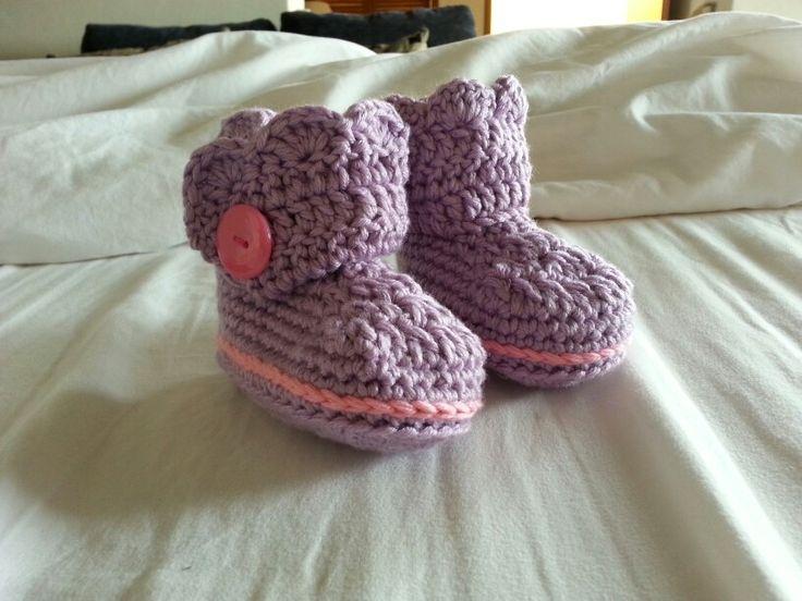 Crochet baby girl booties