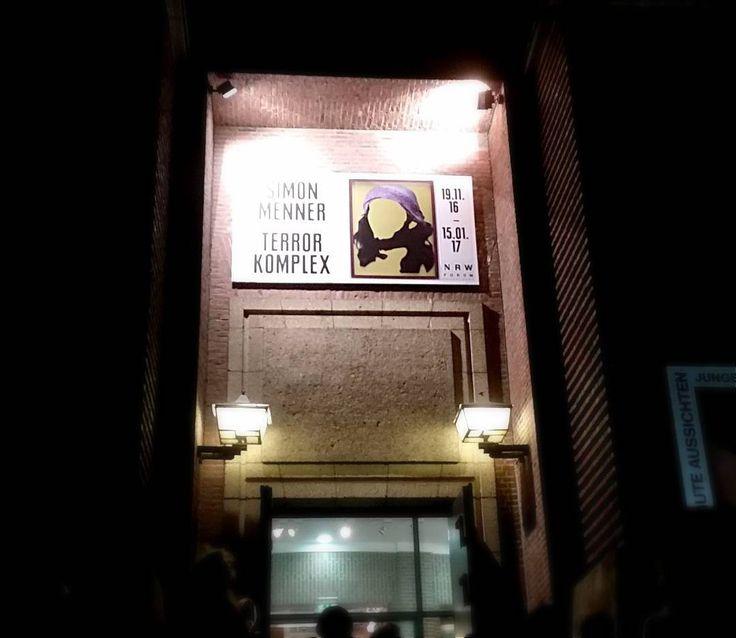 """Zu guter Letzt endet auch die Ausstellung """"Simon Menner - Terror Komplex"""" am Sonntag im NRW Forum.  Foto: bjop  #NRWForum #Duesseldorf #SimonMenner #TerrorKomplex #Ausstellung #Kunst #wasistkunst #weloveart #artinduesseldorf"""