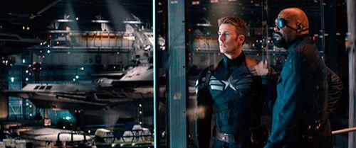 El Capitán América contra Washington (Film Review in español)