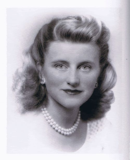 *KATHLELEN (Kick) KENNEDY ~ This was the picture Ambassador Kennedy and Rose used for her funeral card in 1948. She was definitely the daughter that most resembled her mother (though only purely in looks).