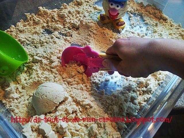 Connaissez-vous la pâte à modeler magique? Elle ne sèche jamais et est très douce au toucher. Avec de la farine et de l'huile d'amande douce. C'est une excellente activité sensorimotrice pour les enfants et c'est parfait si votre enfant n'aime pas se salir et/ou n'aime pas les activités sensorimotrices: ce sera une bonne activité thérapeutique pour lui. http://de-tout-et-de-rien-caroline.blogspot.be/2013/01/pate-modeler-magique-aussi-apellee.html