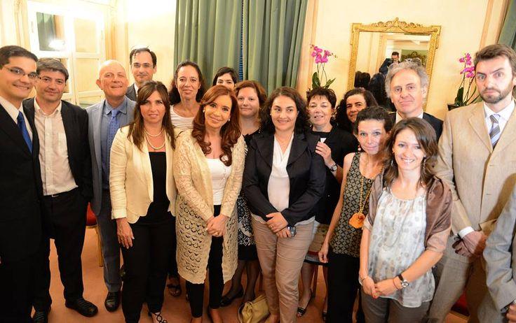 Cristina se reunió con integrantes de la Red de Científicos Argentinos en Italia --- http://www.cfkargentina.com/cristina-se-reunio-con-integrantes-de-la-red-de-cientificos-argentinos-en-italia