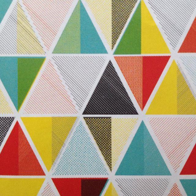 Ber ideen zu geometrische zeichnung auf pinterest for Geometrische deko