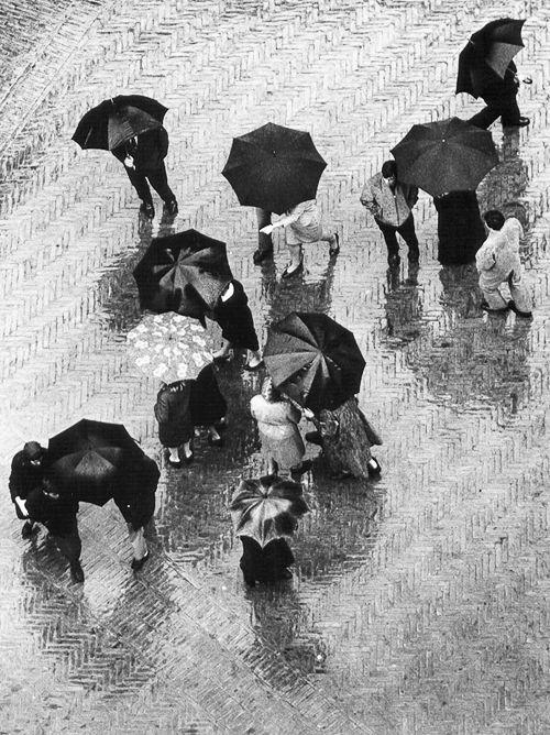 kero.i.am - vintagegal:   Wolfgang Suschitzky-San Gimignano,...