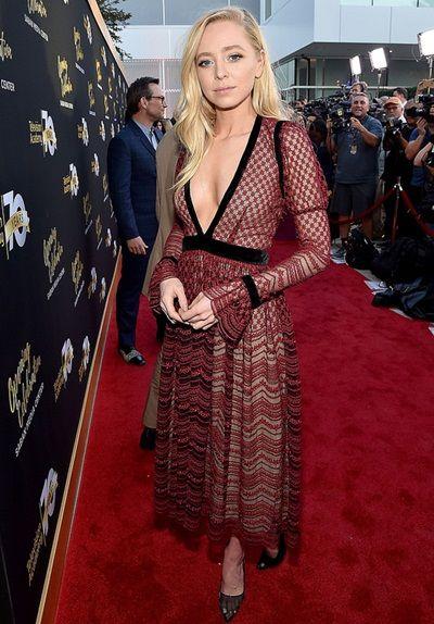 Portia Doubleday Body Measurements Stats | Portia, Beautiful celebrities, Celebrity style