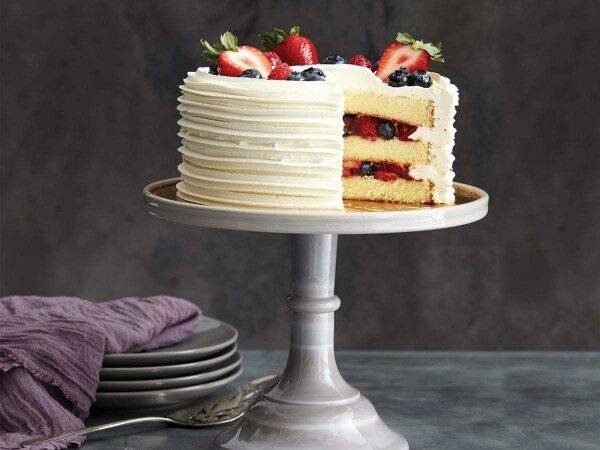 """Our Chantilly Cake puts the """"mmmmm"""" in Mother's Day. Order one for the woman you call Mom here: http://social.publix.com/tUN"""