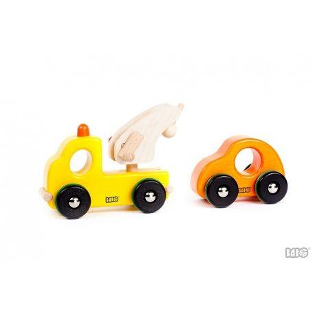 Nowość!!  Zabawka Bajo 41150 - Pomoc Drogowa z Holownikiem wyciągarką dla Dzieci od lat 2.  Doskonały pomysł na prezent dla chłopca Wymiary: 19 x 8 x14cm  Sprawdźcie swami:)  http://www.niczchin.pl/pojazdy-drewniane/2523-bajo-41150-pomoc-drogowa-holownik.html  #bajo #drewnianezabawki #pomocdrogowa #holownik #zabawki #niczchin #krakow