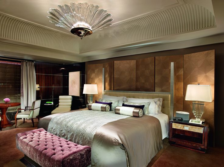 The Mandarin Oriental in Taipei City hosts classically inspired interiors accented with contemporary design. We cooperated with interior design firm CHHADA SIE MBIEDA LEUNG on the lighting in the hotel's guest bedroom interiors. #light #lighting #design #chandelier #crystal #hotel #interior