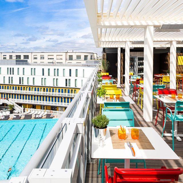 Cette semaine, GQ a fait le tour de la capitale pour vous dénicher 10 endroits où profiter du joli ciel des soirées estivales.