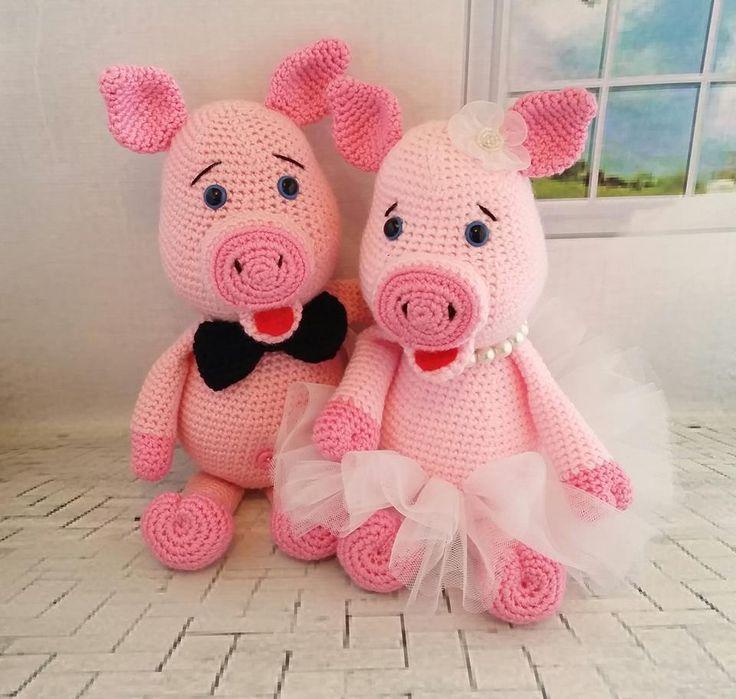 Two piglets fallen in love :) Pig crochet pattern by Lovely Baby Gift