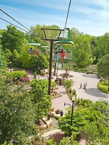 Omaha's Henry Doorly Zoo include 1,225 species, a massive aquarium, an IMAX theater and a gorilla exhibit that puts you nose to nose with the primates. #nebraska