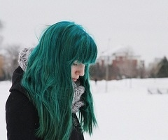 manic panic - enchanted forest. I'm gonna try it soon, I hope it will be more bluish on my hair.