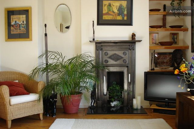 Lovely two bed flat, St. Johns Wood in London