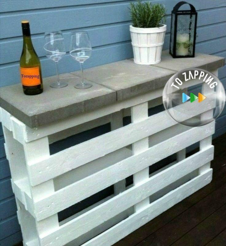 Diy mesa de bar de jardín con palets.Cómo crear un mesa de bar en el jardín con paletspaso a paso, con3placas (losas) de jardín de hormigóncon las
