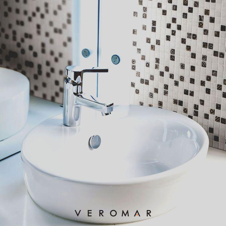 - Luxury mosaic for your bathroom - Banyonuzda mozaik şıklığı #VeromarMarble #VeromarMermer #marble #tile #mosaic #limestone #travertine #naturalstone #mermer #mozaik #traverten #travertino #marmo #mosaico #interiordesign #interiordecor #homedesign #homedecor #bathroomdesign #italianmarble #italiandesign #luxurymarble #luxurydesign #мрамор #мозаика #плитка #травертин