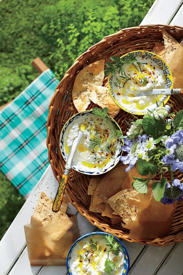 Easter Appetizers: Buttermilk-Ricotta Cheese Dip