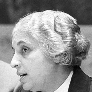 The eighth session of the United Nations General Assembly elected Madam Vijaya Lakshmi Pandit, of India, as its President. Madam Pandit is photographed here with U.N. Secretary - General Dag Hammarskjöld.