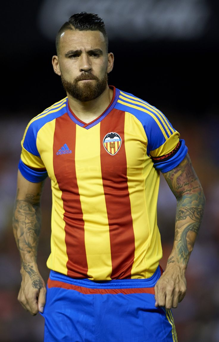 1000 Images About Iconic On Pinterest Messi Soccer Players And