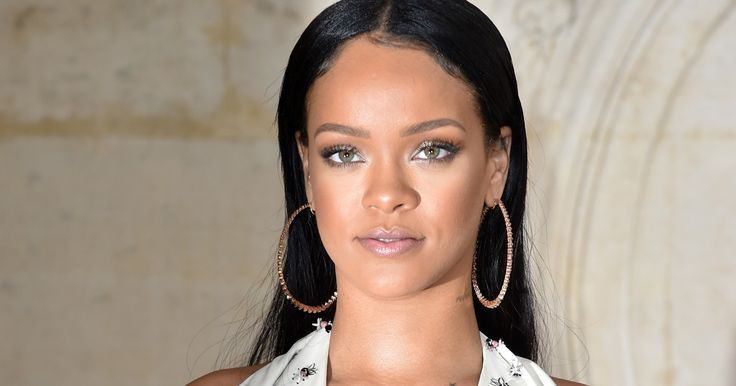Who Is Rihanna Dating After Drake? RiRi Is Focusing On Her Career - Bustle