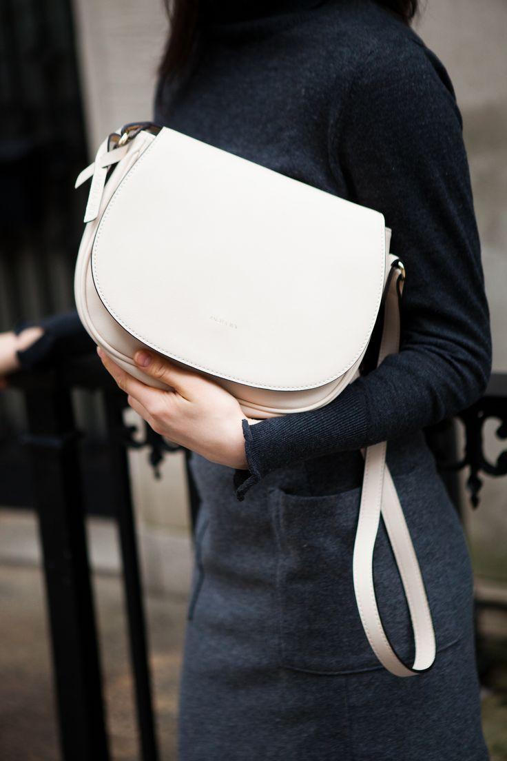Angela Roi Winter Rose 2016 Editorial. http://www.angelaroi.com/collections/morning-cross-body  #vegan #handbag #fashion #minimal #modern #classic