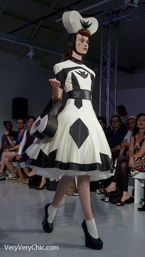 Pam Hogg www.fashion.net