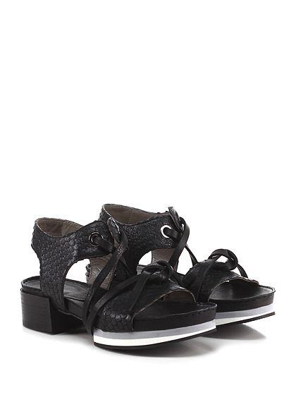 IXOS - Sandalo basso - Donna - Sandalo basso in pelle stampa pitone effetto vintage con allacciatura alla caviglia e suola in cuoio e gomma. Tacco 50, platform 40 con battuta 10. - NERO - € 223.00