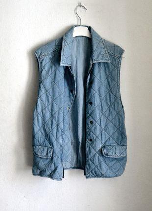 Kup mój przedmiot na #vintedpl http://www.vinted.pl/damska-odziez/kamizelki/8632580-jeansowa-katana-kamizelka-bezrekawnik-narzutka-dzinsowa-oversize-luzna-pikowana-pikowany