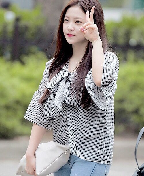 1000+ Images About Red Velvet Yeri On Pinterest