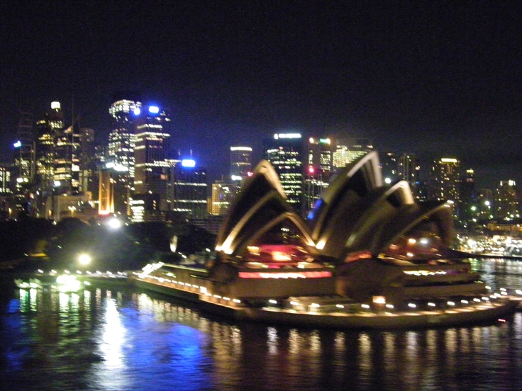 2nd Cruise, Opera house from the ship at night