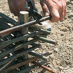 Tailler les branches du plessis<br />F. Marre - Le champ de Pagaille