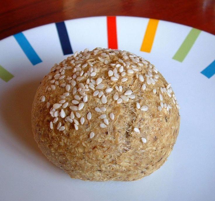 Nagyon finom és nagyon jól néz ki!Hozzávalók:-1 tojás-5 g útifű maghéj-5 g szezámliszt-5 g kókuszreszelék-só-szódabikarbónaAz egészet összekevertem...