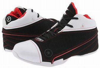 Dwyane Wade  signature Basketball Shoes: Converse Wade 1.3  (2006-07 NBA Season)