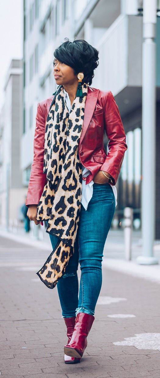 white top + leopard scarf + red blazer + distressed denim jeans + red pumps | sweenee style,