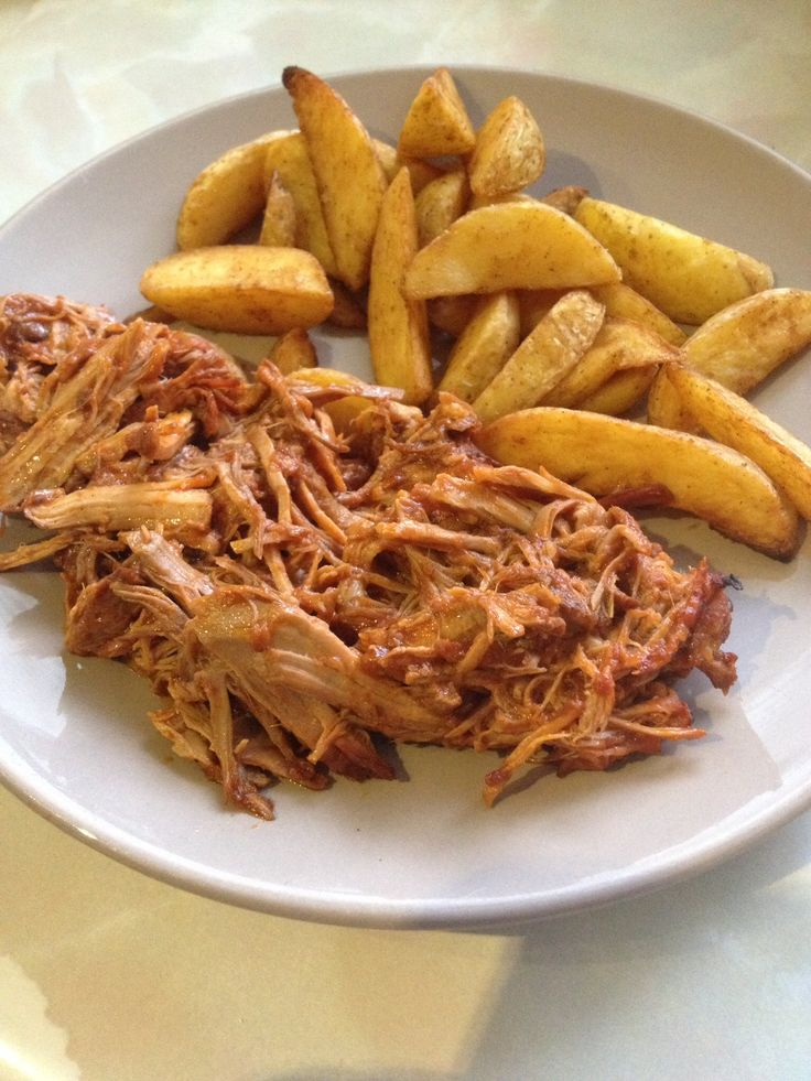 Pulled pork slimming world style Free on extra easy, recipe in comments below (original link is broken)