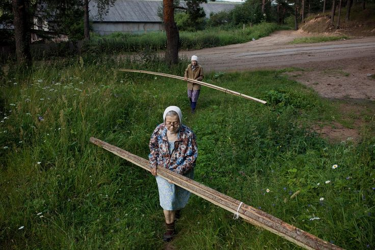 In a time before tech: the Russian sisters living defiantly off the grid