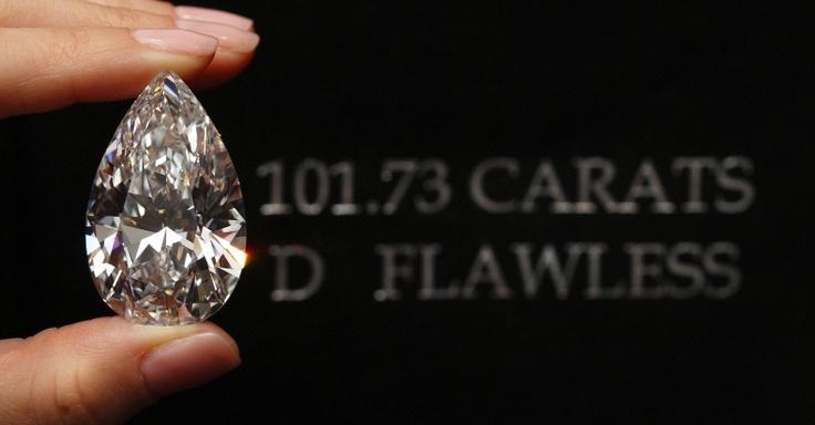 Diamante pode atingir R$ 60 milhões em leilão na Suíça - Fotos - UOL Economia
