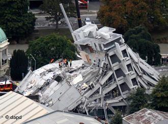 Після лютневого землетрусу в Новій Зеландії. - After the February earthquake in New Zealand