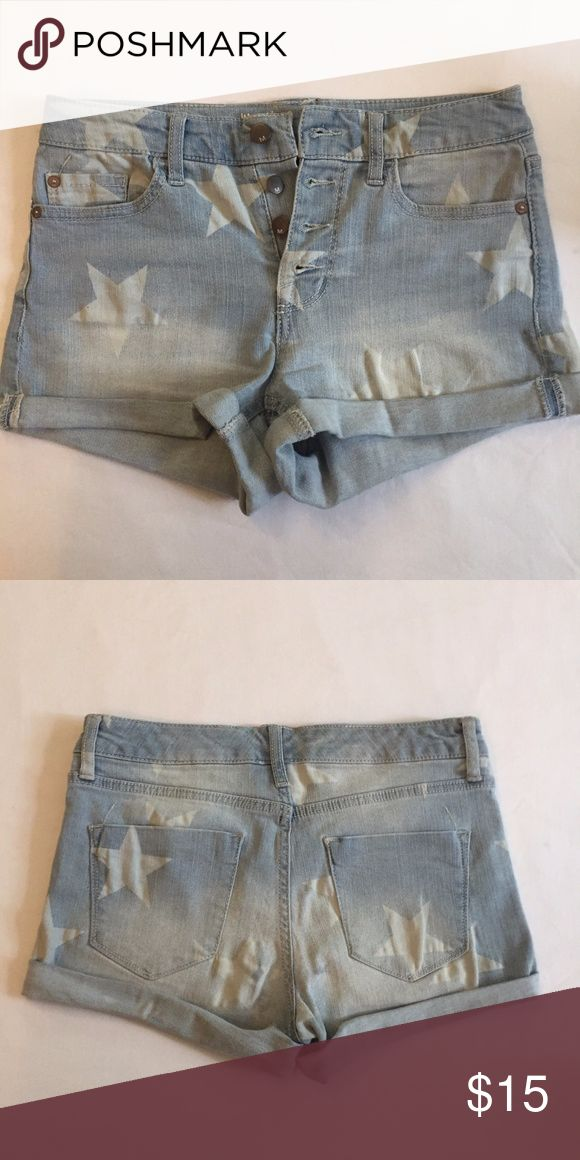 EUC Star Spangled Banner Cuffed Shorts Like new-- worn once for July 4th (of course!)   Super cute denim high rise shorts feature four buttons down the middle, two front pockets and two back pockets. Missoni for Target Shorts Jean Shorts