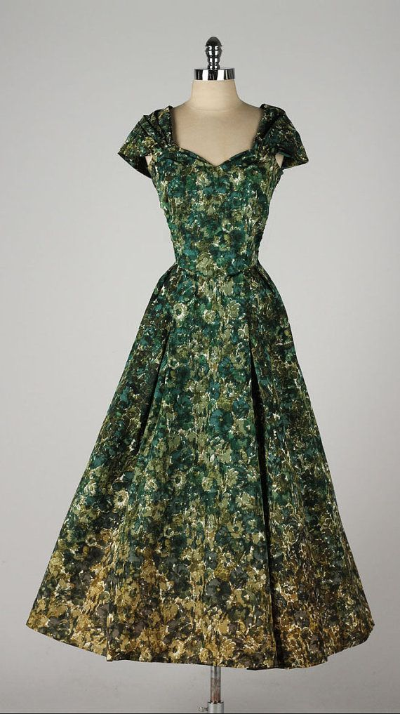vintage 1950s dress . ombre green flower by millstreetvintage