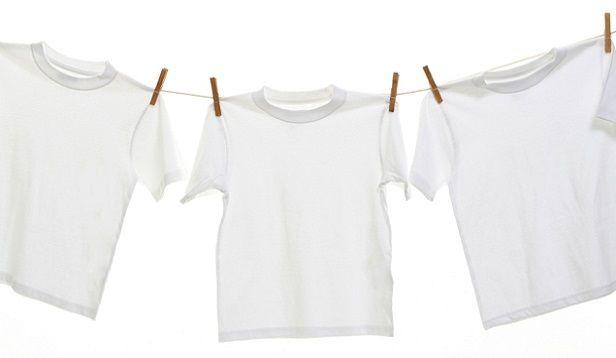 Sararmış Çamaşırlar Nasıl Temizlenir?