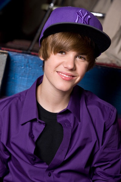 I don't want a prince in a shining armor. I just want a Canadian with supra purple. @JustinBieber you rule! xD