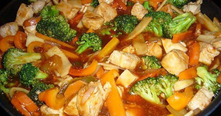 Gryta med ganska många ingredienser men mycket enkel att laga.