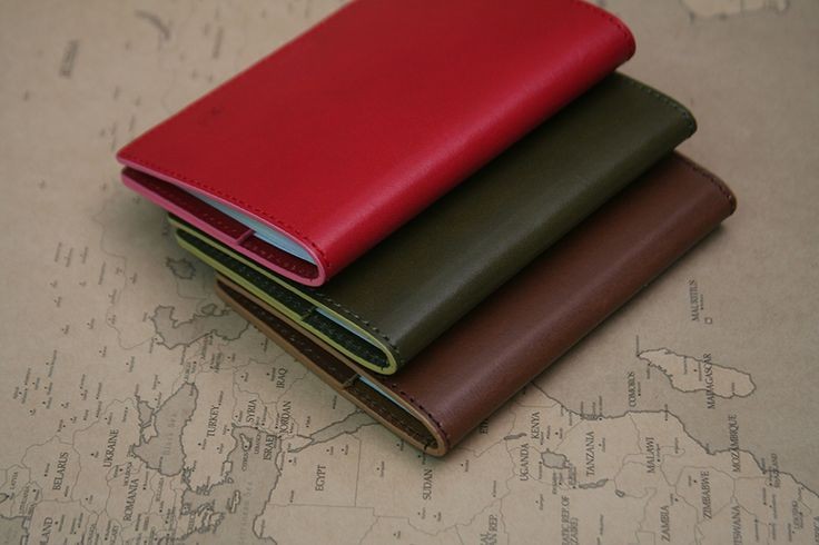 http://shop.naver.com/ug/products/101005492  Leather passport case