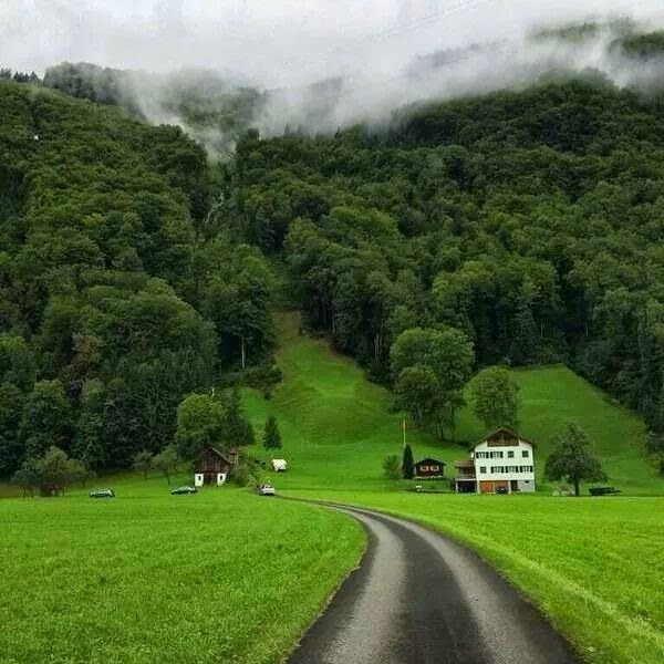 صور وخلفيات مناظر طبيعية رائعة ترفيه و علوم Country Roads Rural Landscape Beautiful Places