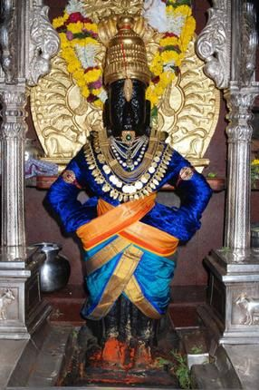 After Supreme Court order 900 yr old Pandharpur #Temple in #Maharashtra allows female and non-brahmin male priests