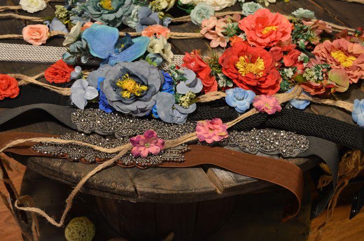 Cinturones con flores, con brillos, trenzados...