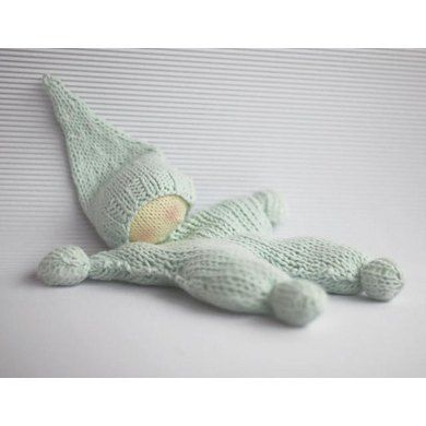 Crochet Knit Stitch Waldorf : Waldorf knitted doll for small babies The toy is knitted round and ...