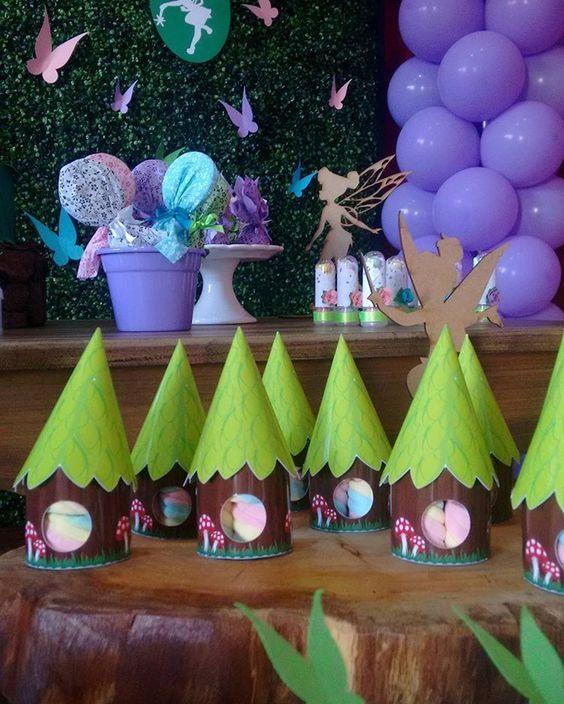 Chá de bebê com tema tinker Bell #chadebebe #chadaisis #tinkerbellparty #tinkerbell #festatinkerbell #festainfantil #festacriativa #sininho #festasininho #mamaefesteira
